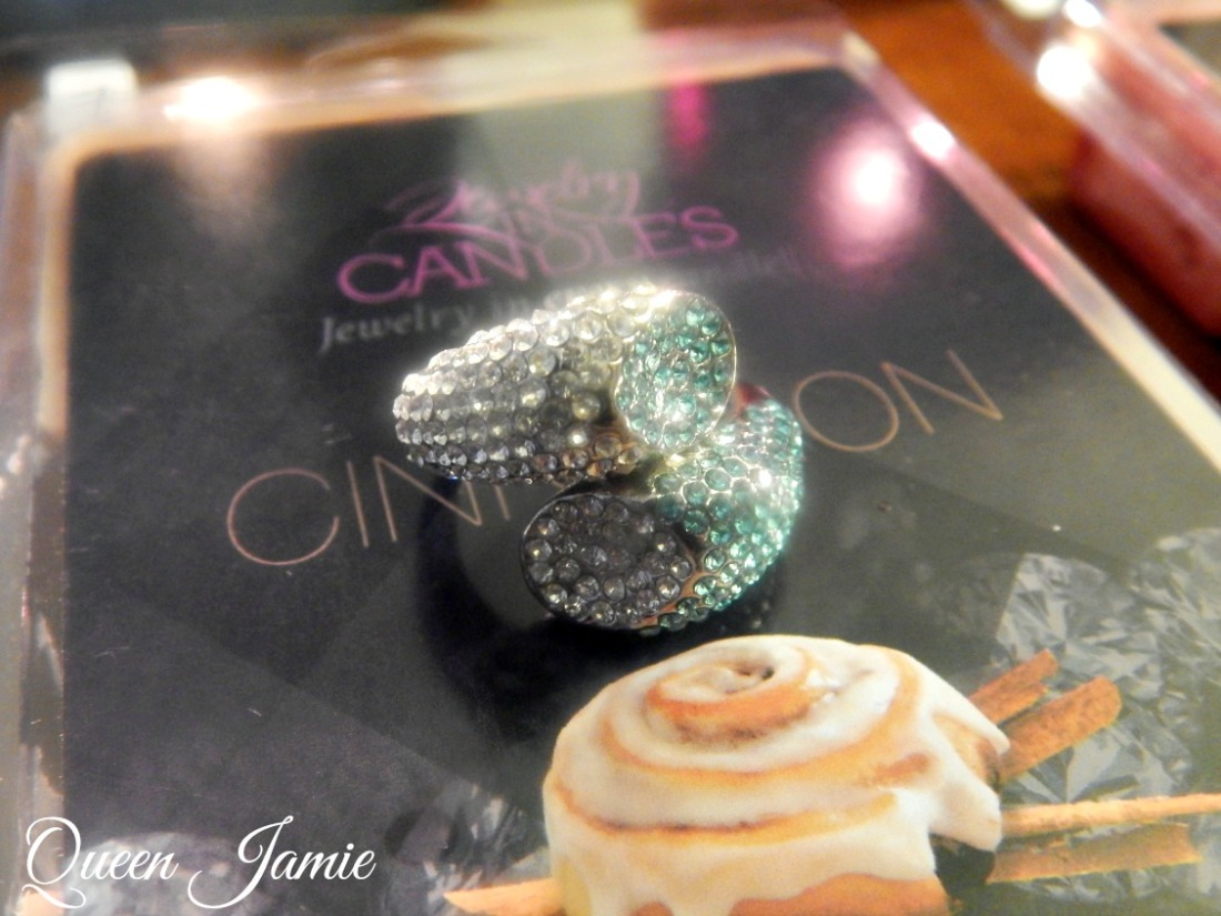 Jewlery in Candles Reveal (1)