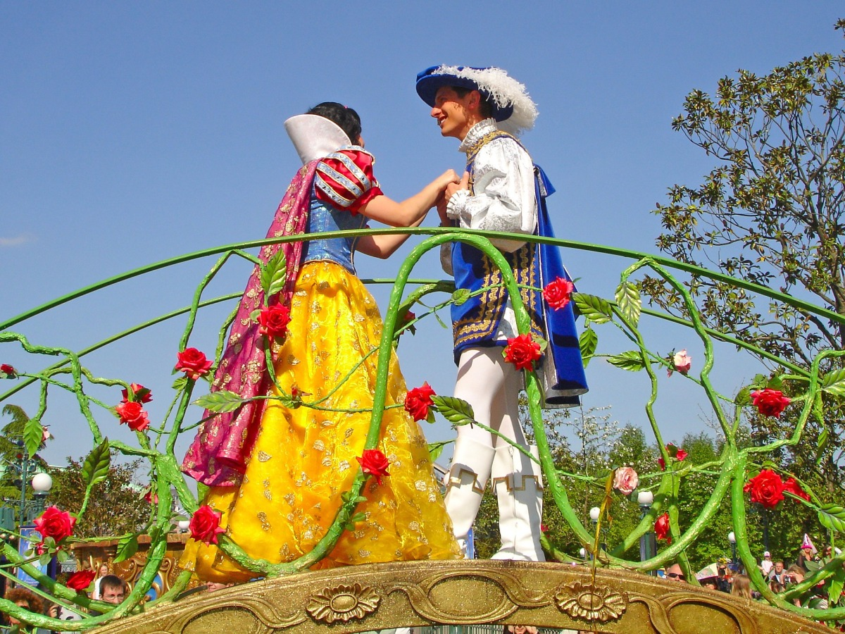 10 Romantic Things To Do At Walt Disney World